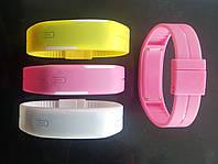 Новий модний світлодіодний годинник-браслет, цифровий наручний спортивний годинник