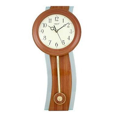 Настенные часы с маятником (пластиковый корпус, кварцевый механизм)