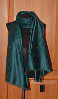 Зеленый шарф-палантин