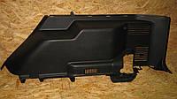 Обшивка багажника правая Mitsubishi Pajero Wagon 3, MR606762