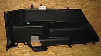 Обшивка багажника левая Mitsubishi Pajero Wagon 3,  MN148009HA