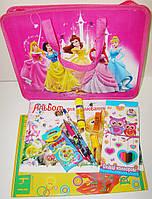 Подарочный набор выпускнику сада в портфеле для девочки, ассорти