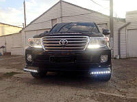 Юбка бампера передняя с диодами Toyota Land Cruiser 200