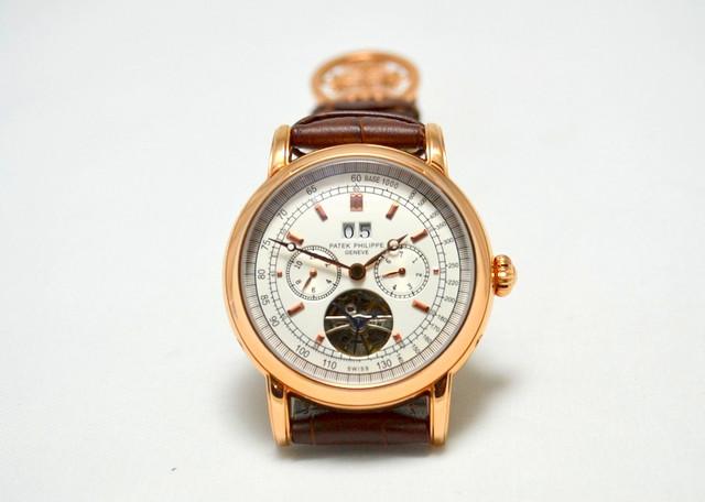 женщины предпочитают купить часы patek philippe geneve 58152 цена часто