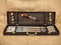 """Подарочный набор """"Гранд"""" из 6 шампуров, 4 рюмок и ножа в подарочном кейсе"""