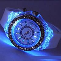 Женские часы с подсветкой Geneva LED
