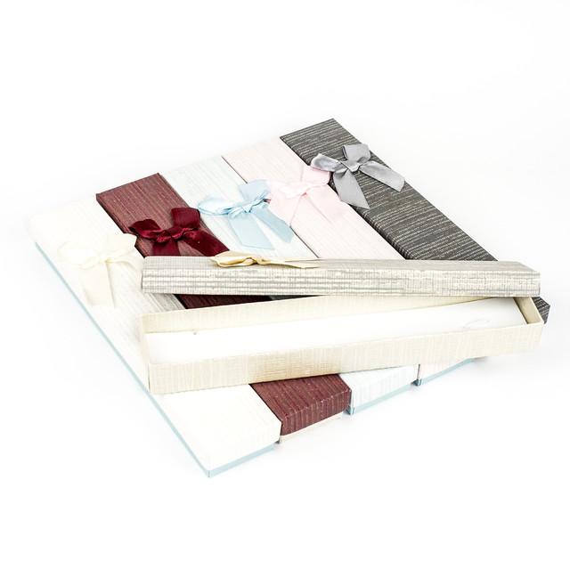 Подарочная коробка под бижутерию из дизайнерского картона 21 x 4,2 x 2,2 см