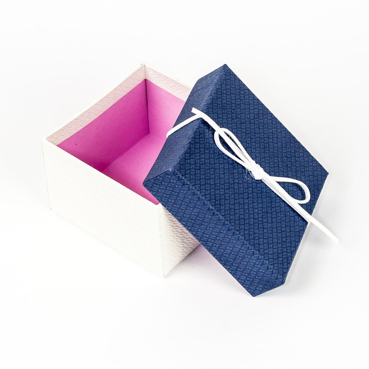 Подарочная коробка под бижутерию синяя с белым бантиком 9 x 9 x 5,8 см