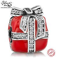 """Серебряная подвеска-шарм Пандора (Pandora) """"Красный подарок"""" для браслета"""