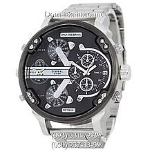 Мужские часы Diesel Brave, кварцевые, элитные часы Дизель Брейв, стальной ремешек, серебро черный циферблат , реплика, отличное качество!
