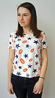 Летняя молодежная футболка с губками и звездочками