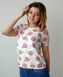 Біла жіноча футболка з рожевими мороженками