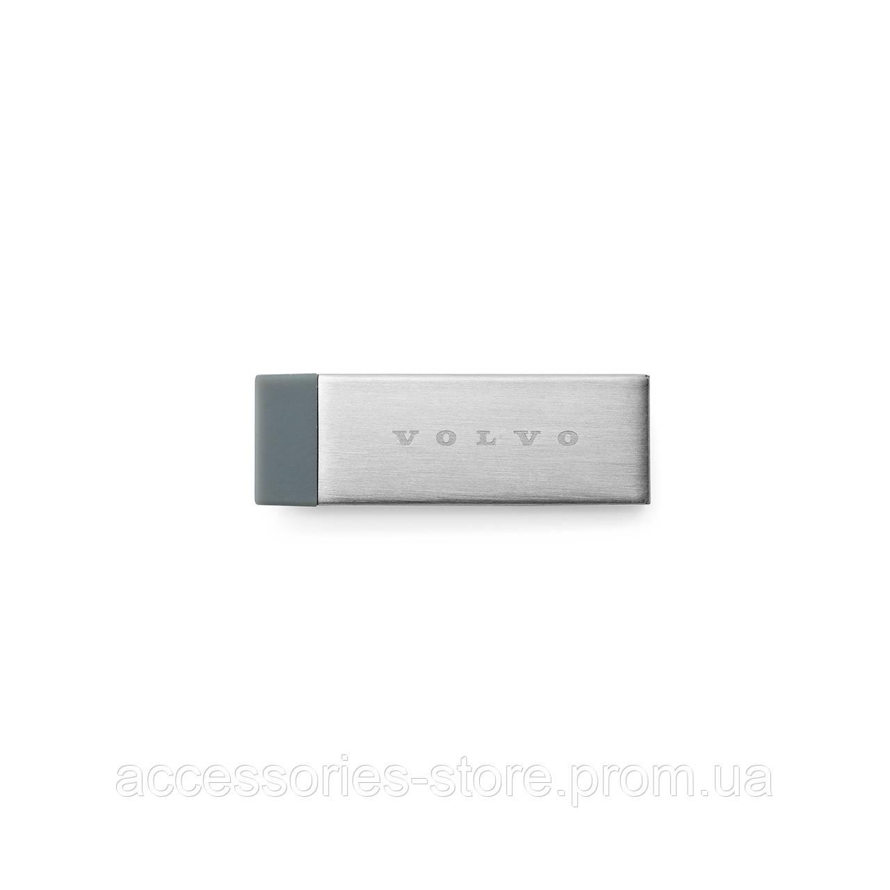Флешка Volvo Clip USB 32 GB