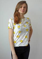 Біла жіноча футболка з зірками