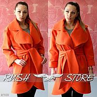 Стильное женское пальто из кашемира