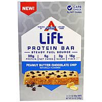 Atkins, Протеиновый батончик Lift, арахисовое масло и шоколадная стружка, 4 батончика, 2,1 унции (60 г) каждый
