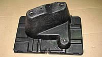 Крепление дополнительного аккумулятора Mitsubishi Pajero Wagon 3, MR440713