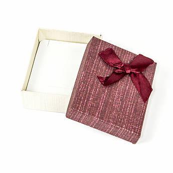 Подарочная коробочка для украшений бордовая 9 х 7 х 2,7 см