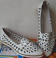 Балетки в стиле Versace Эспадрильи!! перфорация мокасины балетки женские туфли белые кожа