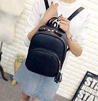 Рюкзак женский кожаный со строчкой и кисточкой (черный)