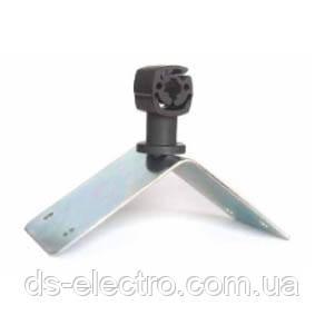Угловой коньковый держатель с пластиковым зажимом DKC ND2223, сталь оцинкованная лакированная, цвет медный