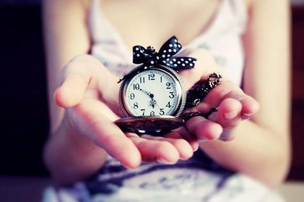 Как правильно дарить часы?