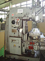 ВМ127М - Вертикально-фрезерный станок.