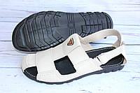 Кожаные мужские сандалии бежевого цвета С10