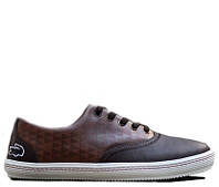 Lacoste Old School Style Glamorous Brown