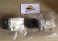 Оригинальные передние втулки стабилизатора Vectra C c 2004- GM 24460832, фото 1