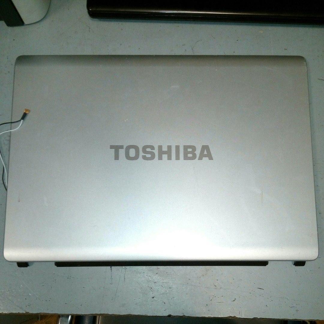 Крышка матрицы Toshiba Satellite L350D-11A