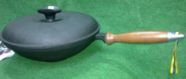Сковорода вок (wok) з кришкою чавунна 260х80мм «Сітон»