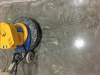 Обеспыливание и упрочнение бетонных полов