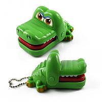 Дантист для крокодила (кусает палец) – брелок!