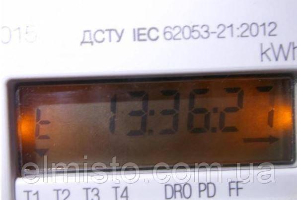 Счетчик электроэнергии Iskra ME162 - информация с подсветкой дисплея