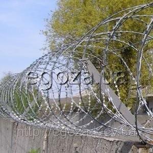 Колючая проволока Егоза Кайман 700/5 - колюче-режущая спираль, фото 1