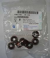 Сальники клапанов Lanos 1.5 Опель 7 мм/ Opel Kadet Vectra Omega Daewoo Lanos <94580655>