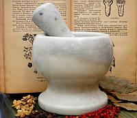 Ступка каменная из белого мрамора