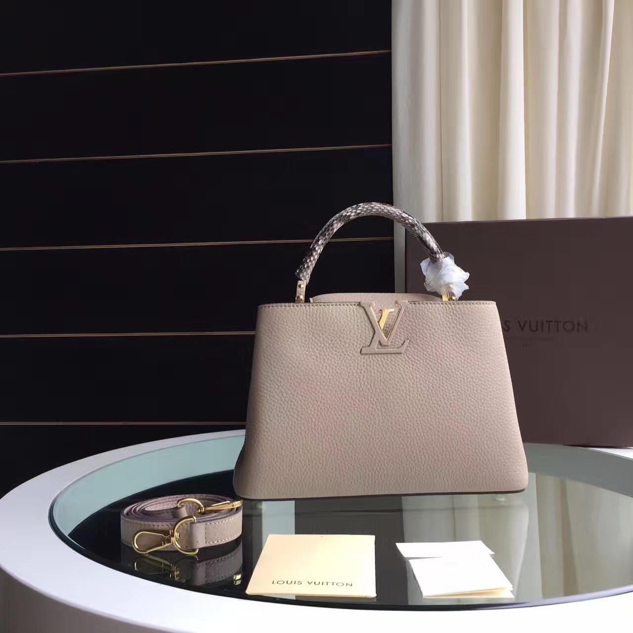 1082d65ec6f3 Louis Vuitton Capucines - женская сумка   vkstore.com.ua