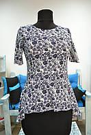 Стильная блузка с цветочным принтом