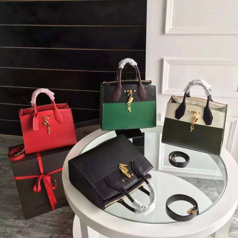 Женская сумка Louis Vuitton City Steamer GM