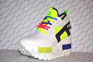 Криперсы летние на платформе белого цвета с яркими вставками шнуровка, фото 2