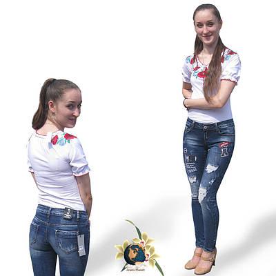 Самые модные женские зауженные джинсы с оригинальным дизайном.