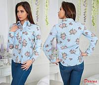 Стильная льняная рубашка в полоску с цветами голубого цвета