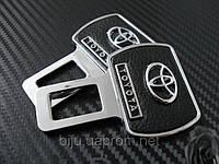 Заглушка в замок ремня безопасности Toyota (Тойота)