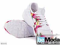 Кроссовки женские из текстиля с цветочным принтом на подошве из термопластичной резины на шнурках белые