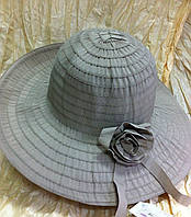 Шляпа кофейного цвета из текстильной ленты с розочкой