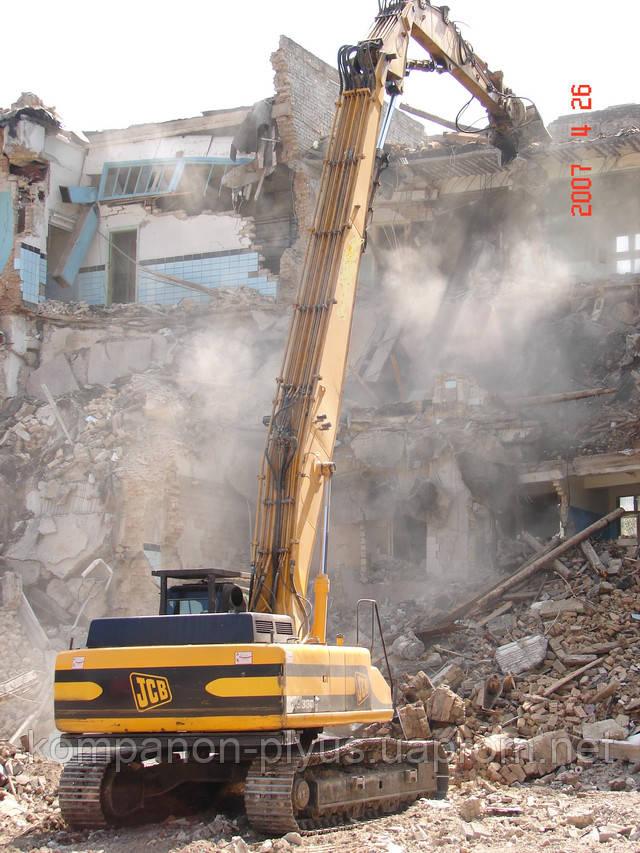 Демонтаж зданий, снос домов, оборудования, строений заводов. Снос строений, слом конструкций. Переработка бетона во вторичный щебень.