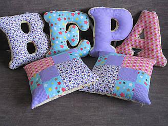 Декоративная интерьерная подушка Буква ручная работа