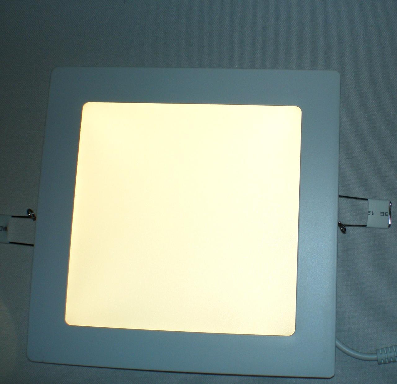 Светодиодный светильник Ecostrum 12W 4000К встраиваемый квадрат
